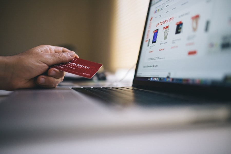 Online sales channels as an adaptive tool in times of crisis